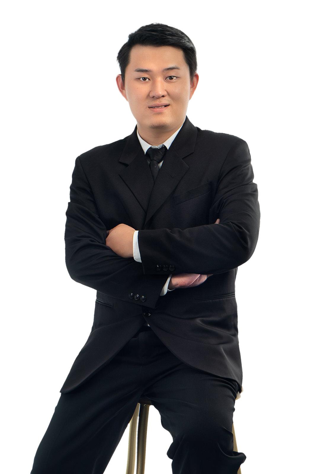 Dr Khoo
